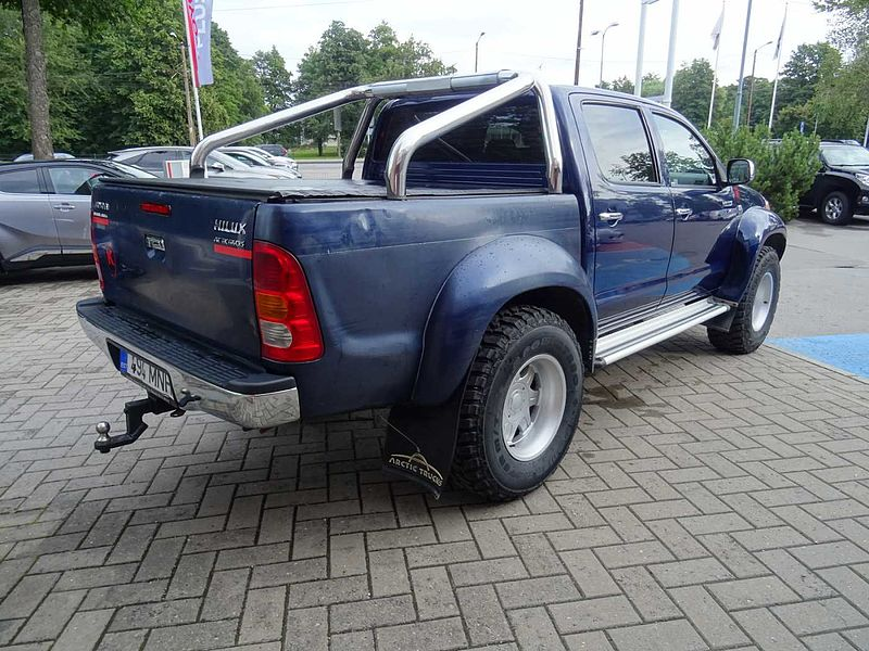 Toyota Hilux Arctic Trucks AT35